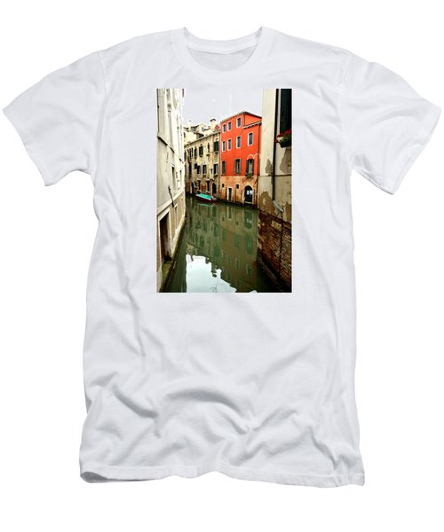 Venice Street Scene 3 Men's T-Shirt (Athletic Fit)