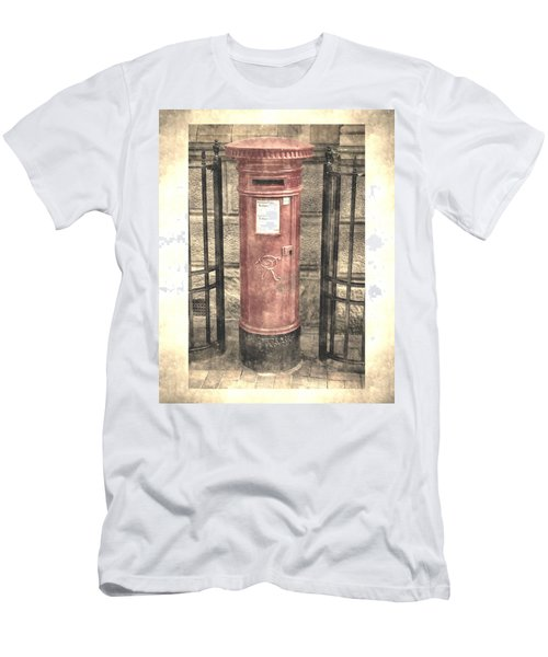 Victorian Red Post Box Men's T-Shirt (Athletic Fit)