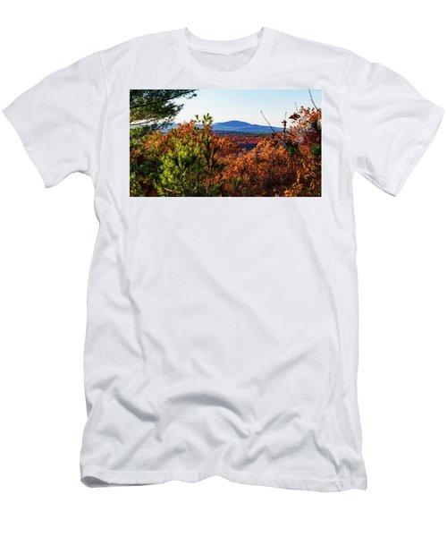 Wachusett In Fall Men's T-Shirt (Athletic Fit)