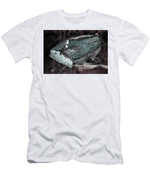 Men's T-Shirt (Athletic Fit) featuring the photograph Waiting by Melissa Lane