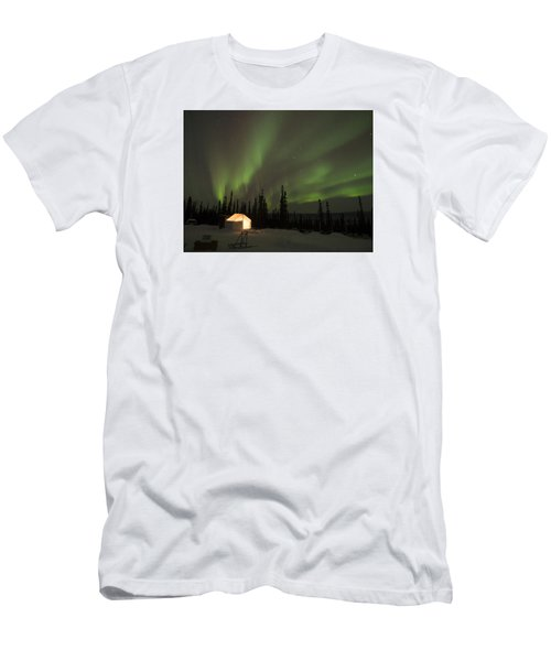 Wall Tents And Aurora Men's T-Shirt (Athletic Fit)