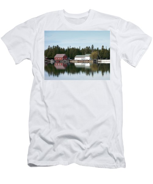 Washington Island Harbor 7 Men's T-Shirt (Athletic Fit)