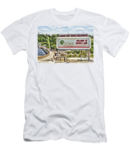 Welcome To Bagnell Dam Men's T-Shirt (Athletic Fit)