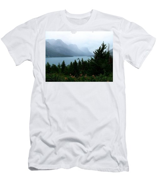 Wild Goose Island In The Rain Men's T-Shirt (Slim Fit)