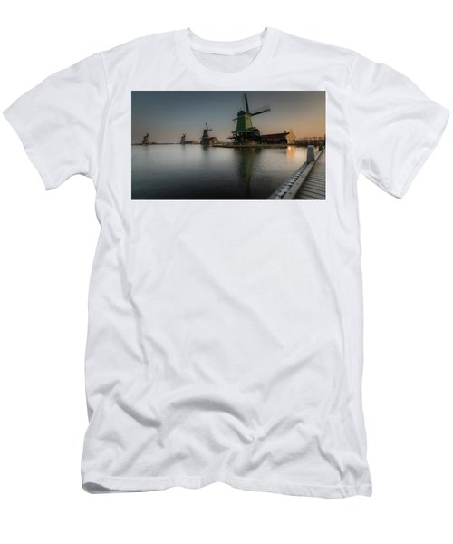 Windmill Sunrise Men's T-Shirt (Athletic Fit)