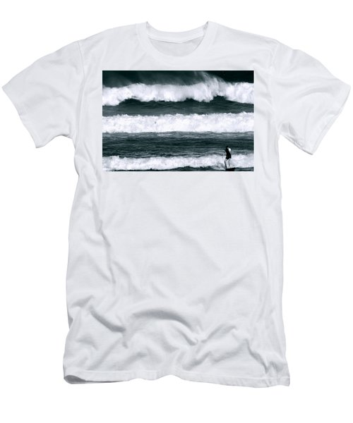 Woman Surfer Men's T-Shirt (Athletic Fit)