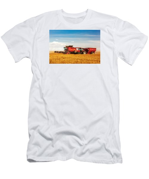 Working Side-by-side Men's T-Shirt (Athletic Fit)