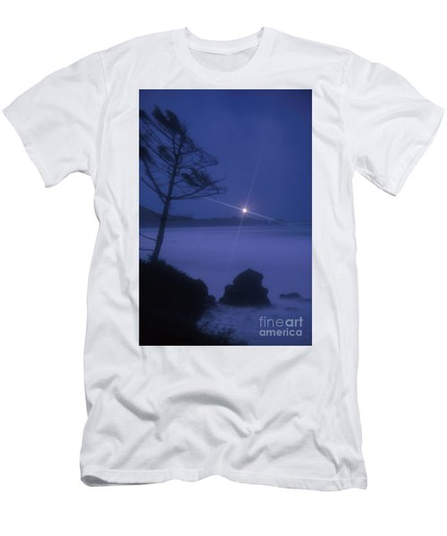 Yaquina Head At Night Men's T-Shirt (Athletic Fit)