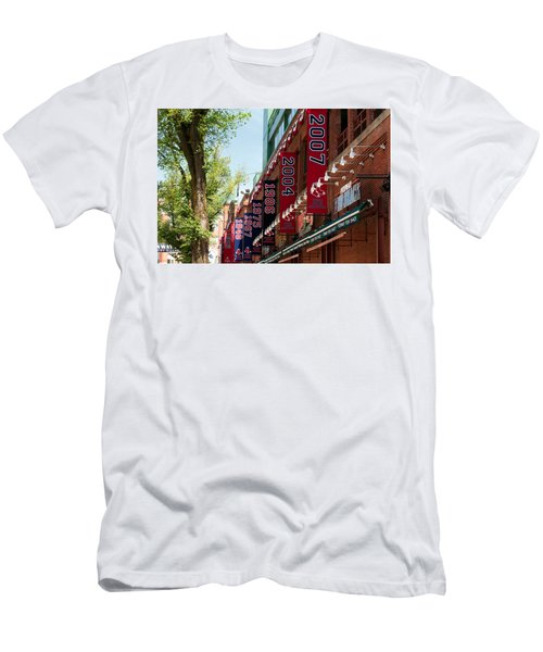 Yawkee Way Men's T-Shirt (Athletic Fit)