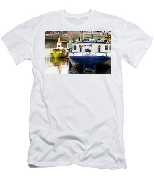 Yellow Submarine Men's T-Shirt (Athletic Fit)
