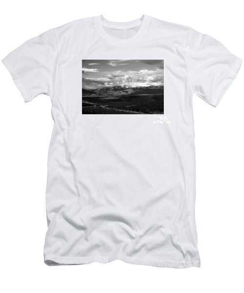 Yellowstone National Park Scenic Men's T-Shirt (Athletic Fit)