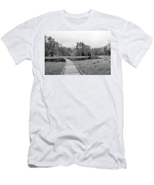 Yosemite Monochrome Men's T-Shirt (Athletic Fit)