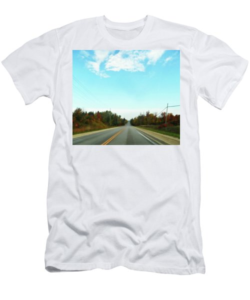 Collingwood In The Distance Men's T-Shirt (Athletic Fit)