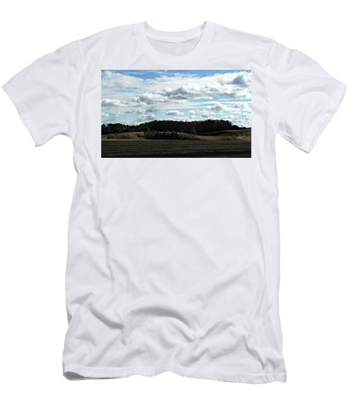 Country Autumn Curves 3 Men's T-Shirt (Athletic Fit)