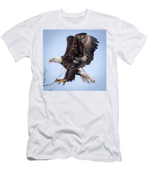 Eagle Coming In For A Landing Men's T-Shirt (Athletic Fit)