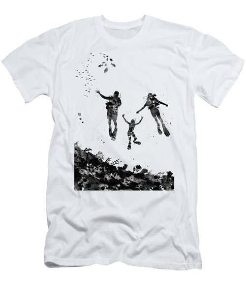 Scuba Divers Family Men's T-Shirt (Athletic Fit)