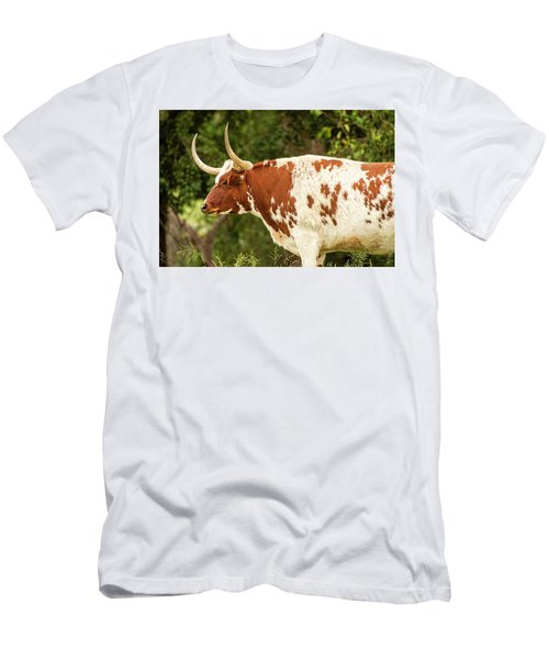 Men's T-Shirt (Athletic Fit) featuring the photograph Longhorn Bull In The Paddock by Rob D Imagery