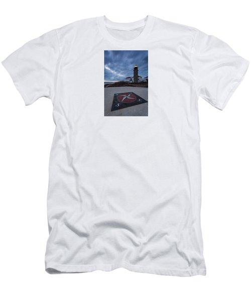 Beavertail Lighthouse Men's T-Shirt (Athletic Fit)