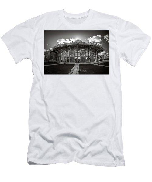 Carousel House Men's T-Shirt (Athletic Fit)