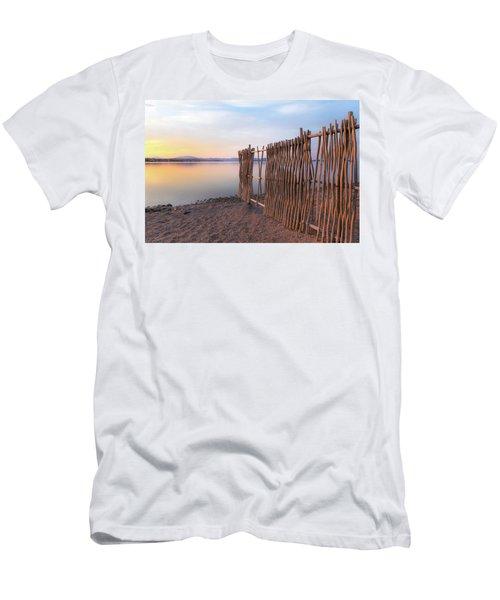 Chega De Saudade Men's T-Shirt (Athletic Fit)