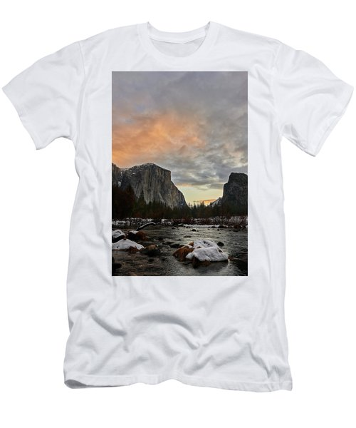 El Capitan At Sunset Men's T-Shirt (Athletic Fit)