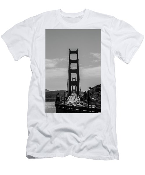 Golden Gate Men's T-Shirt (Athletic Fit)