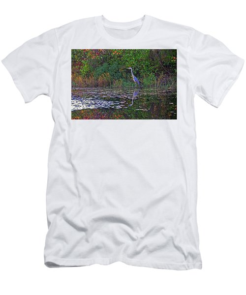 Great Blue Heron In Autumn Men's T-Shirt (Athletic Fit)