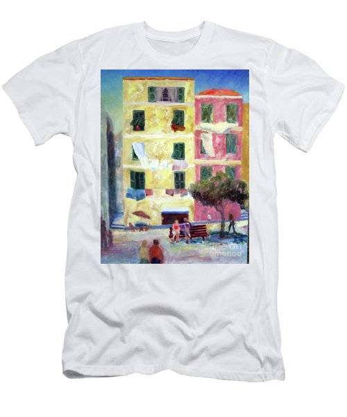 Italian Piazza With Laundry Men's T-Shirt (Athletic Fit)
