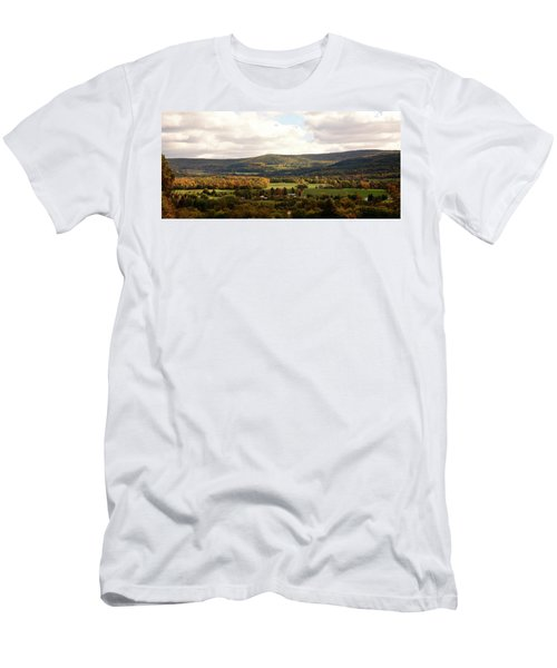 Men's T-Shirt (Athletic Fit) featuring the photograph Middleburg In New York by Angie Tirado