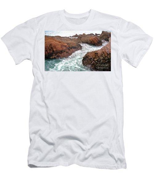 Montana Jagged Rocks Men's T-Shirt (Athletic Fit)