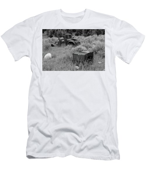 Old Hudson Men's T-Shirt (Athletic Fit)