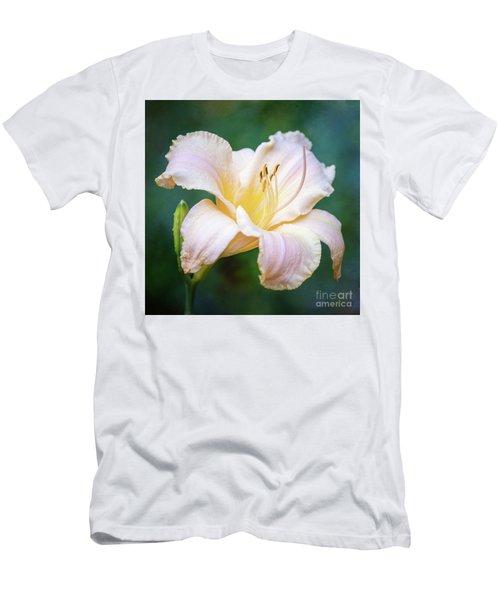 Portrait Of The Queen Of The Garden Men's T-Shirt (Athletic Fit)