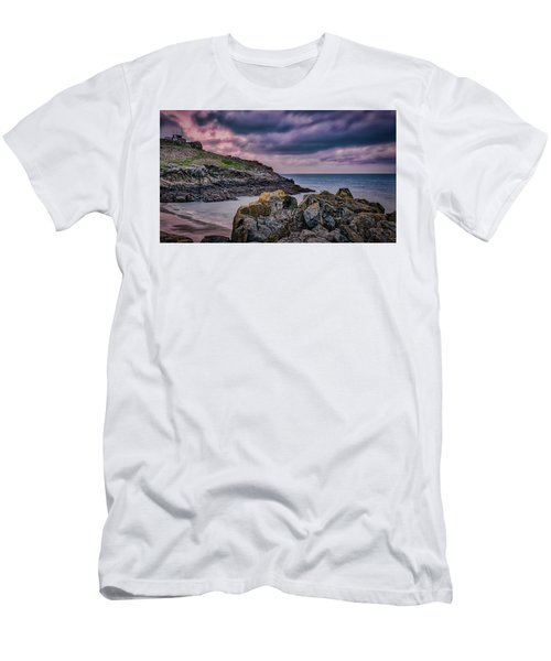 Porthgwidden Dramatic Sky Men's T-Shirt (Athletic Fit)