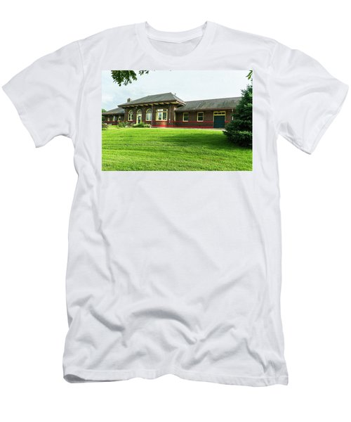Men's T-Shirt (Athletic Fit) featuring the photograph Preserved by Edward Peterson