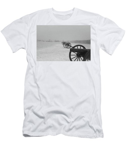 Row Of Cannon Men's T-Shirt (Athletic Fit)