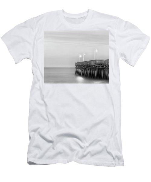 Sandbridge Minimalist Men's T-Shirt (Athletic Fit)