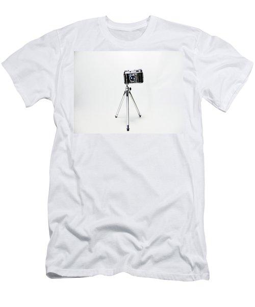 Studio. Kodak Retina 2. Men's T-Shirt (Athletic Fit)