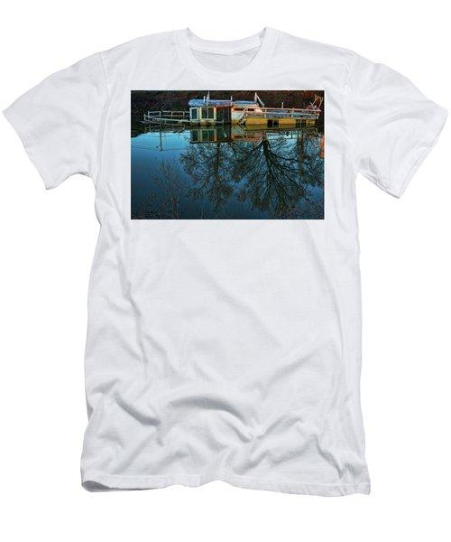 Sunken Men's T-Shirt (Athletic Fit)