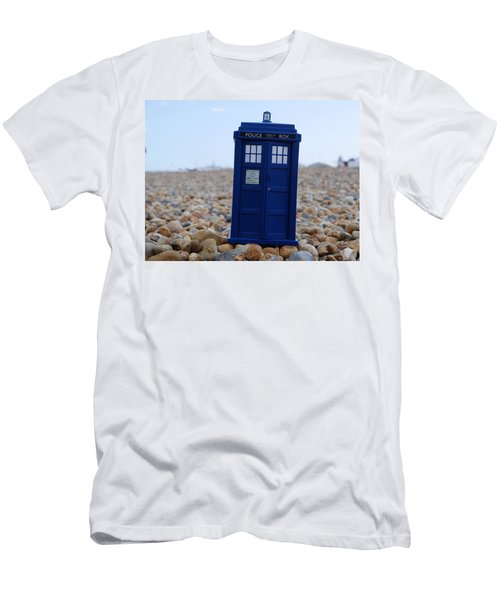 Tardis - Vacation Men's T-Shirt (Athletic Fit)
