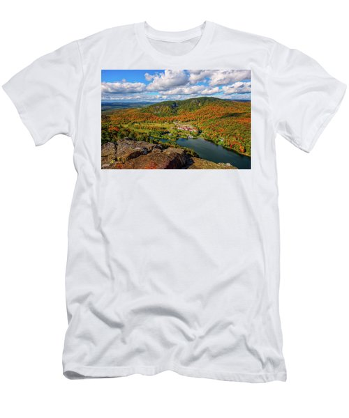 The Balsams Resort Autumn. Men's T-Shirt (Athletic Fit)