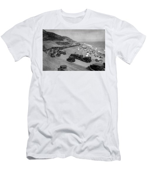 Topanga State Beach 1920 Men's T-Shirt (Athletic Fit)