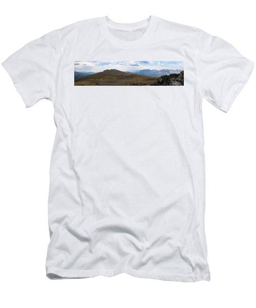 Trail Ridge Road Arctic Panorama Men's T-Shirt (Athletic Fit)