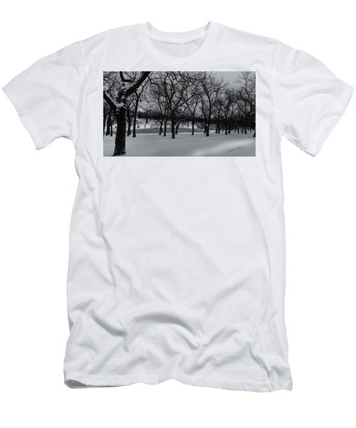 Men's T-Shirt (Athletic Fit) featuring the photograph Walnut Grove In Winter by Edward Peterson