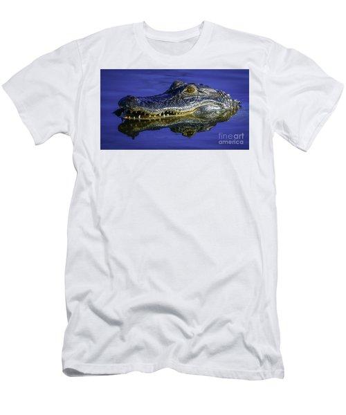 Wetlands Gator Close-up Men's T-Shirt (Athletic Fit)