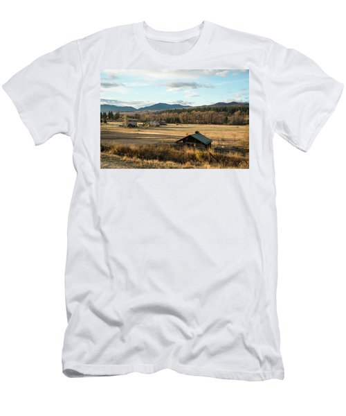 Winthrop Morning Pastures Men's T-Shirt (Athletic Fit)