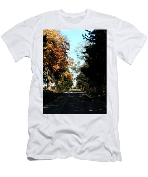 Ye Old Tracks Road Men's T-Shirt (Athletic Fit)