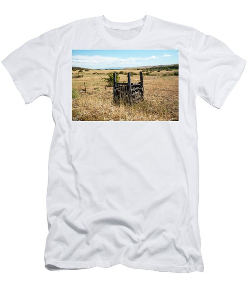 Yellow Grass And Fence Anchor Men's T-Shirt (Athletic Fit)