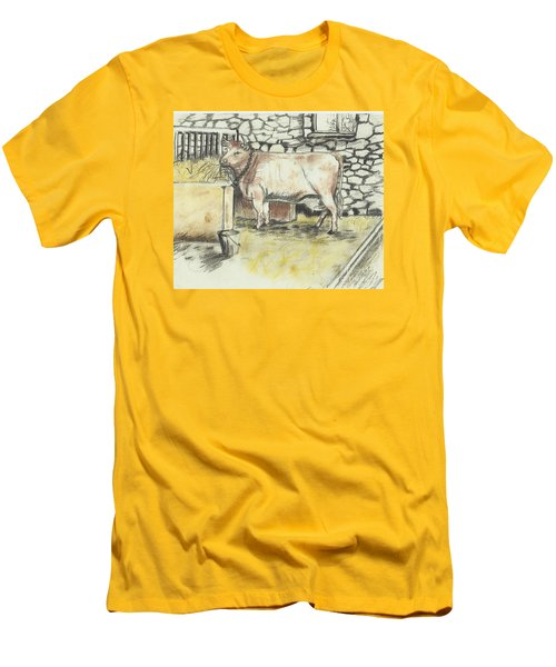 Cow In A Barn Men's T-Shirt (Slim Fit)