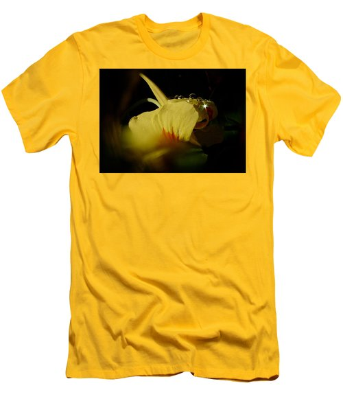 Men's T-Shirt (Slim Fit) featuring the photograph Sunshine In The Bubble by Richard Cummings