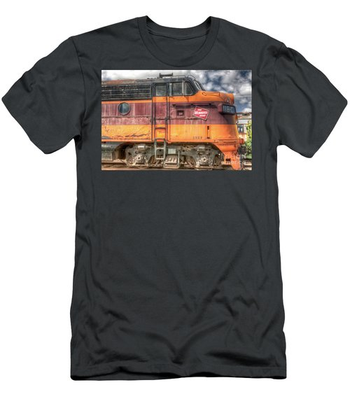 0119 The Milwaukee Road 2 Men's T-Shirt (Athletic Fit)